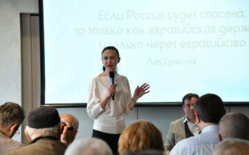 Елена Бобкова: За понятием «Украина» сейчас скрывается кучка преступников.